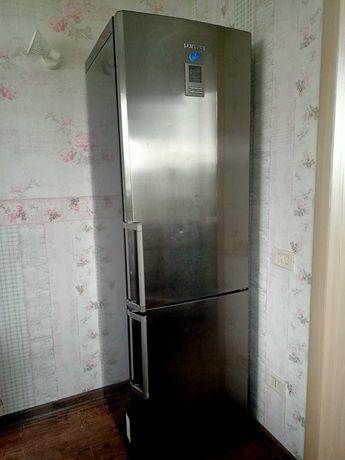 Холодильник Самсунг, SAMSUNG RL41ECIS,  No Frost, двухкамерный, 325 л