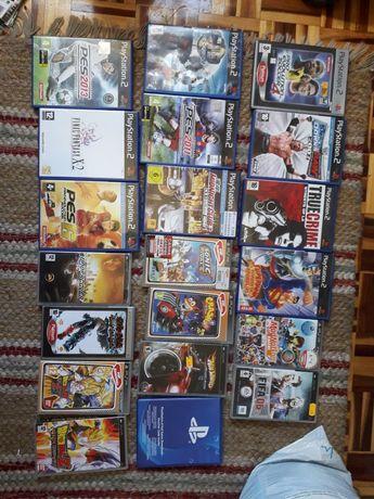 Lote de capas de jogos ps2 , psp e ps4