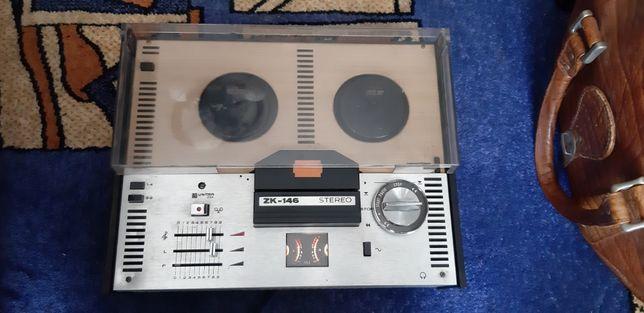 Magnetofon szpulowy ZK 146