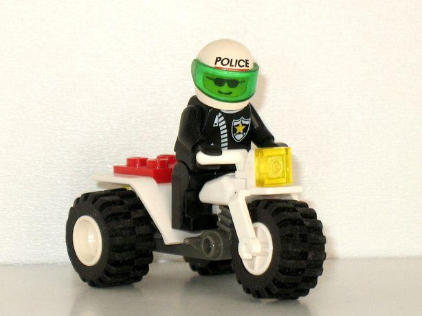 Игрушка Lego мотоциклист полицейский фигурка конструктор City police