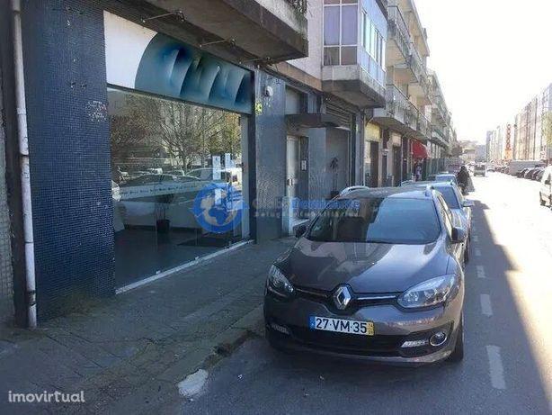 Espaço comercial no centro de Braga para arrendamento