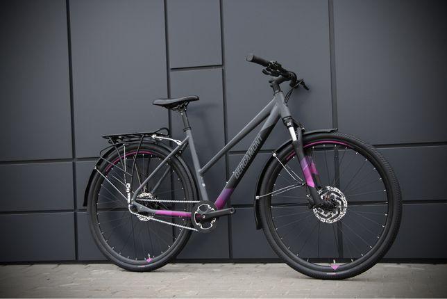 Женский велосипед Bergamont Hellix на планетарке cube specialized trek