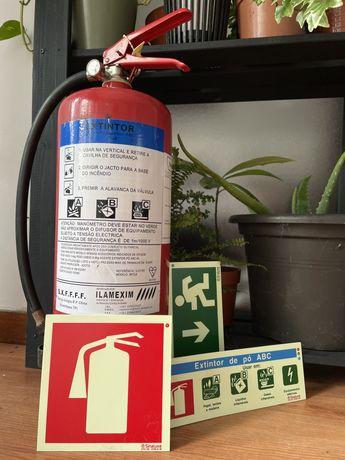 Extintor de incendio de po ABC