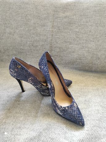 Skórzane buty na obcasie szpilki Baldaccini