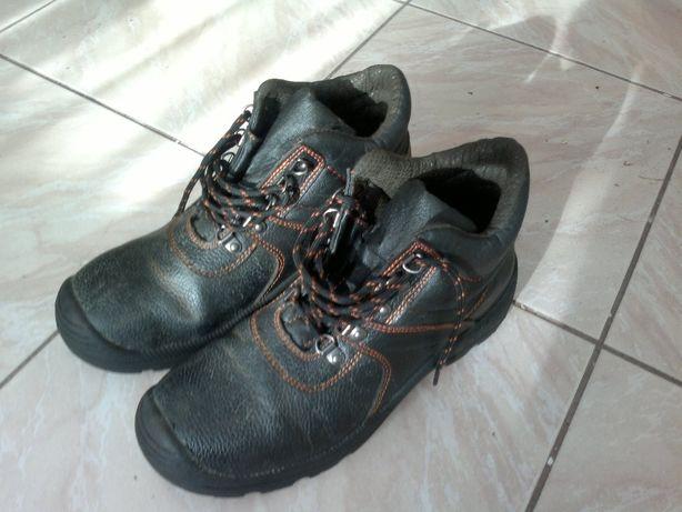 Buty robocze 42