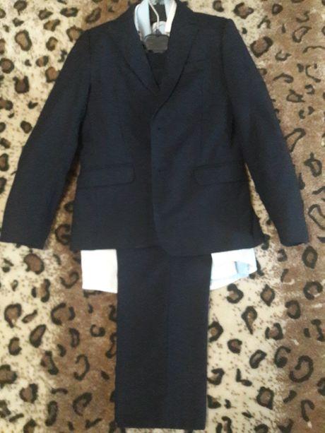 Школьная форма пиджак брюки рост 134-140
