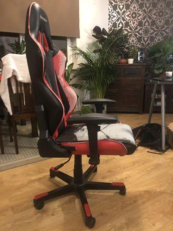 Gamingowy fotel DXRacer