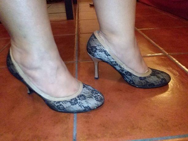 Sapatos Padrão Renda T38 - PORTES GRÁTIS