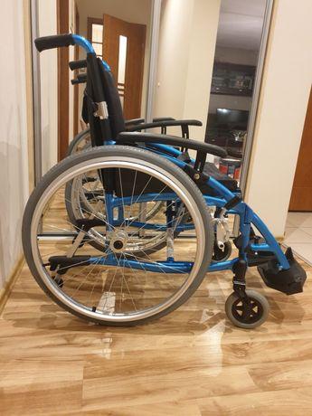 wózek inwalidzki ACTIVE SPORT VCWK9AS - lekki i kompaktowy