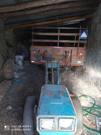 Tractor 6cv com reboque freses e arados 2800€
