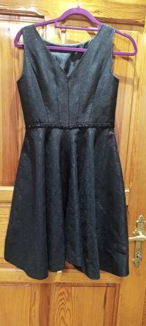 Sukienka czarna rozkloszowana wesele studniówka