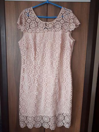 Piekna koronkowa sukienka Monnari r. 46 stan idealny