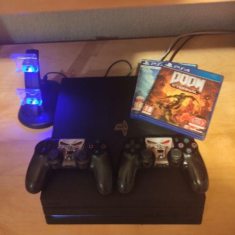 PlayStation 4 PRO PS4 1TB + 2x DualShock + 8 gier+ podstawka