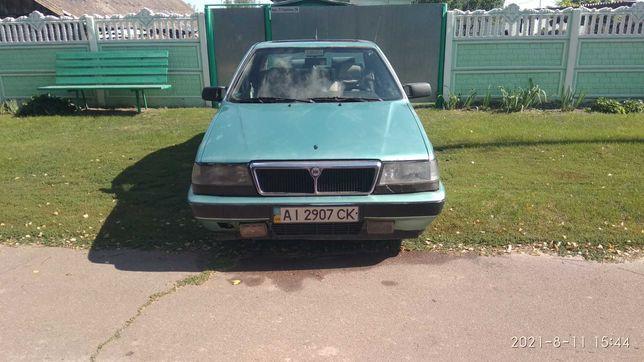 Lancia Thema 2.0