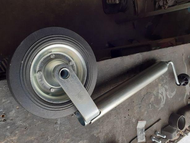 Опорное колесо прицепа.