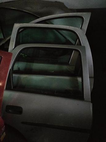 Portas Renault Clio e Opel corsa b
