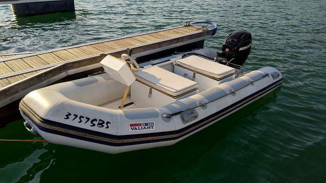 Barco semi rígido VALIANT D380, motor Mercury 30 HP EFI modelo ÚNICO