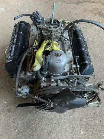Газ 13 Чайка Двигатель и тд