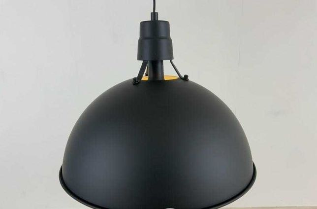Czarna matowa lampa sufitowa klosz design