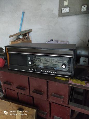 Продам радиолу Урал111