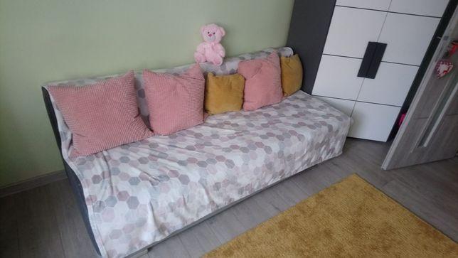 Łóżko do spania , kanapa