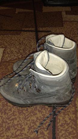 Ботинки 37 на шнурках