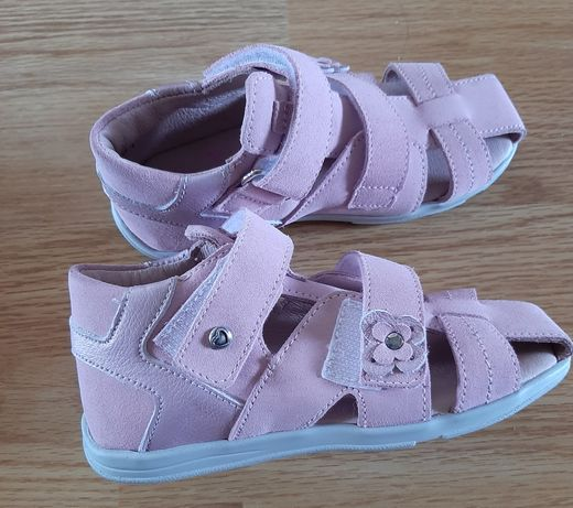 Sandałki dziewczęce Däumling 26 nowe