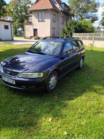 Opel Vectra, rok 2000