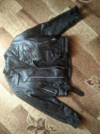 Байкерская кожанная куртка(косуха) размер L