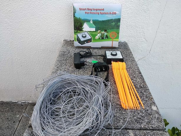 Sistema de cerca eletrónica no solo para cães