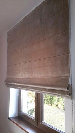Roleta rzymska z tkaniny welwetowej 156x155, na podszewce  850 zł