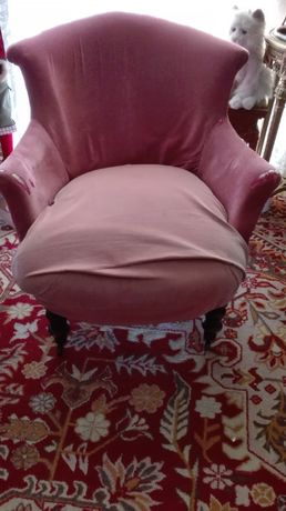 Stary fotel przedwojenny, antyk, do renowacji