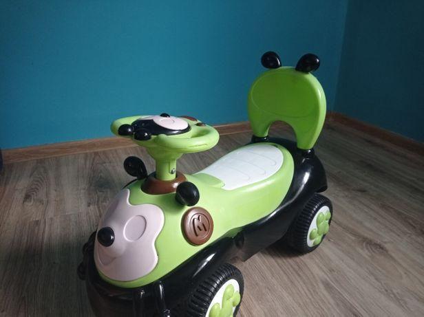 Jeździk, pojazd, pchacz, pszczółka, zielony