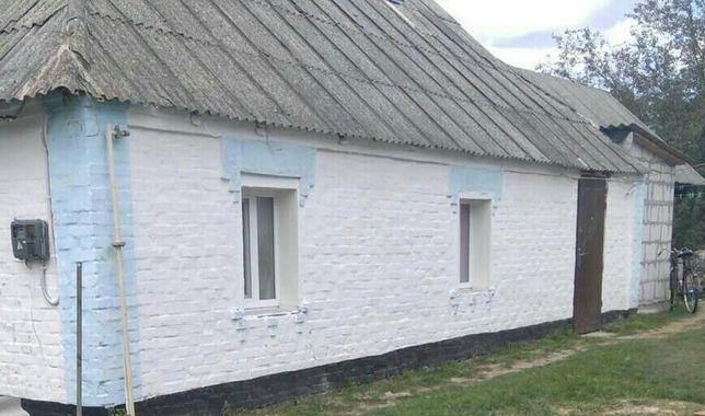 Продаж будинку в центрі смт. Володарка