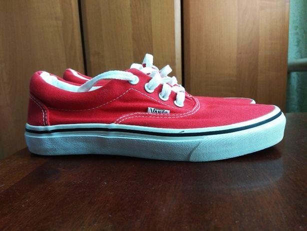 Vans Ванс размер 39 Красные очень красивый насыщенный цвет