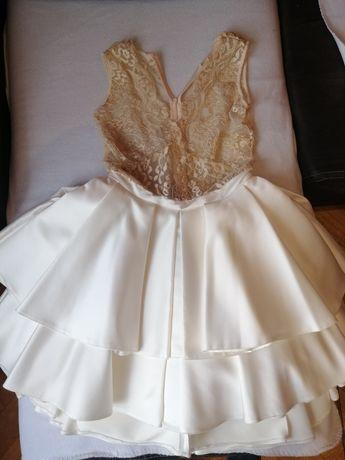 Sukienka firmy Lou .
