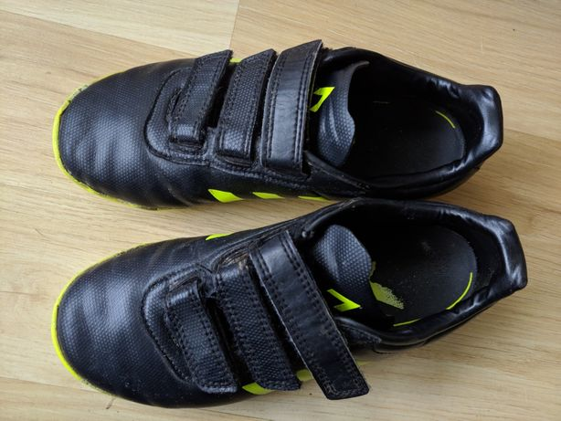 Halówki turfy Adidas 34 na rzepy wkładka 21,5cm