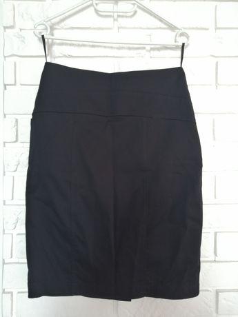 Czarna ołówkowa spódnica rozmiar 36