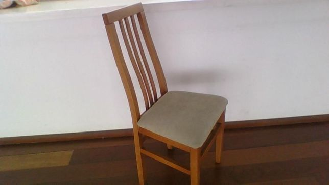 Cadeira madeira de nogueira