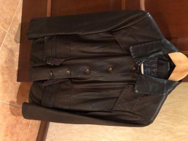 Осенняя куртка кожаная