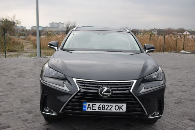 Продам Lexus NX300