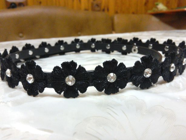 Женский черный кожаный пояс с камнями