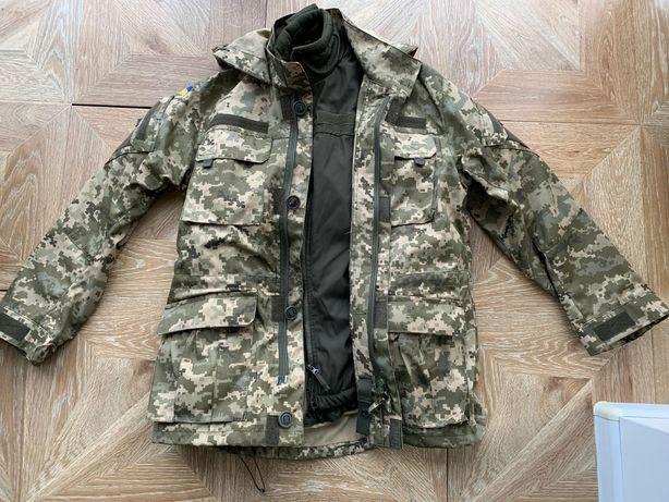 Продам пиксельную военную куртку
