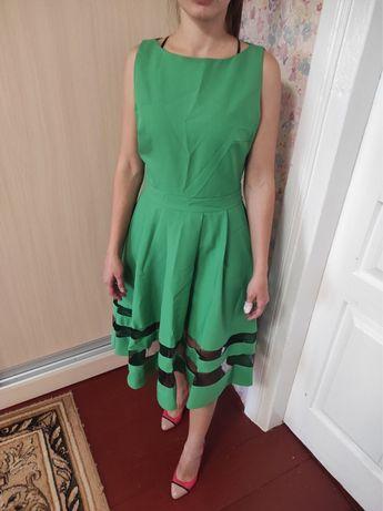Платье зеленое с юбкой солнце