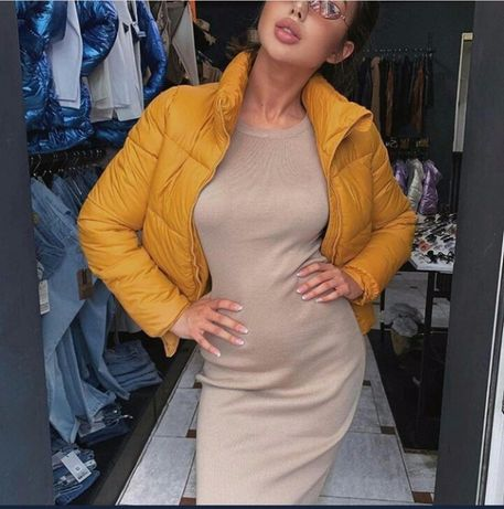 Продам Деми курточку горчичного цвета.