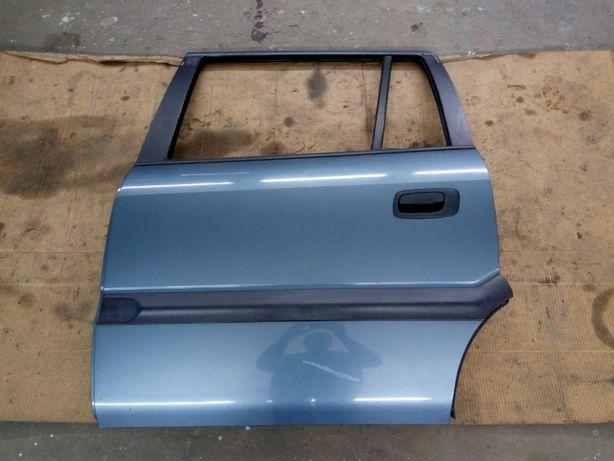 Двери ляда Opel Zafira А 2000 2.0tdi запчасти опель зафира б/у и новые