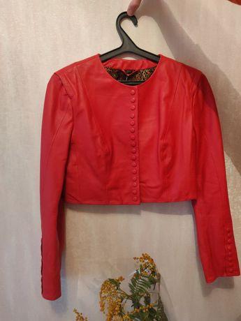 куртка женская , кожаная