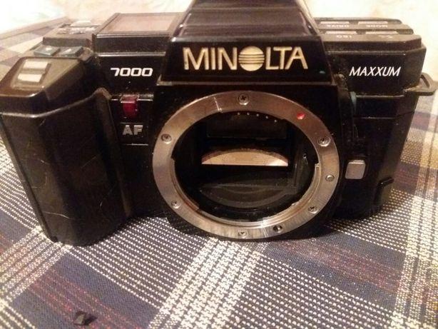 Minolta 7000
