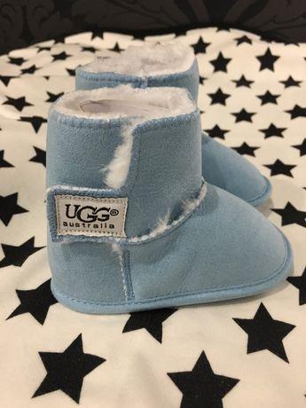 UGG r 18 błękitne zimowe buciki niemowlęce