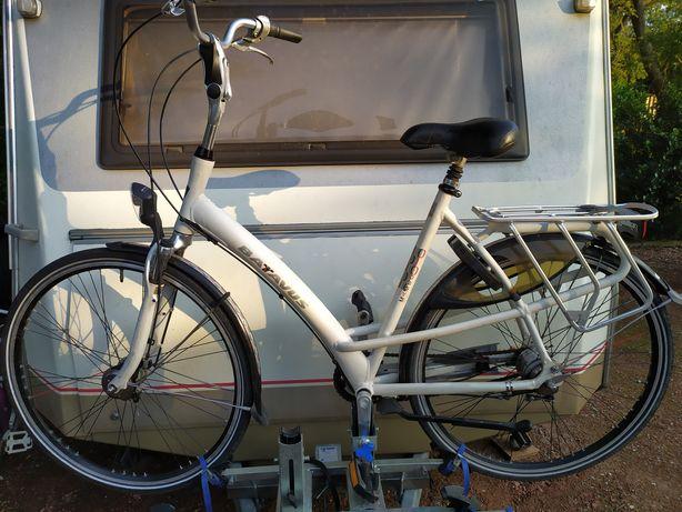 Mocowanie bagażnika na rowery na dyszel kempingu